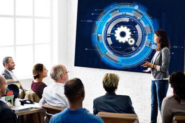 cybersecurity training class presenter